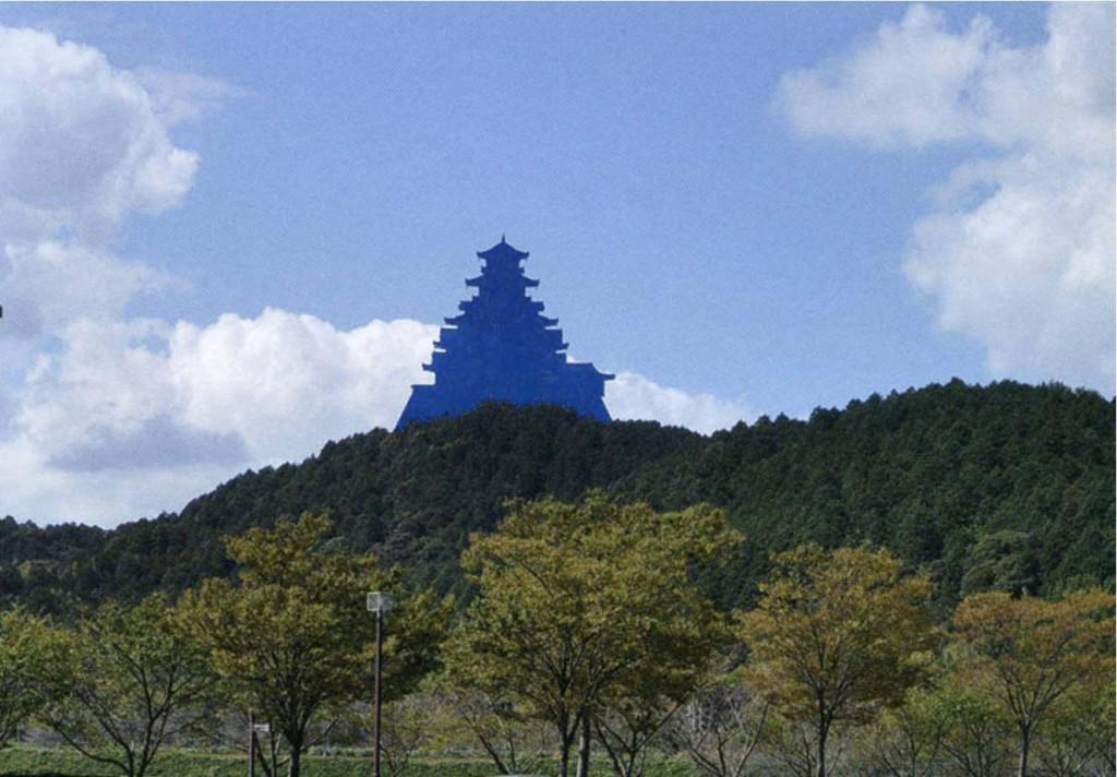 在りし日の安土城(イメージ)